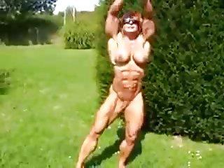 Maryse in public garden HPsolo