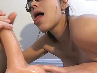 Deepthroat lady and double toy