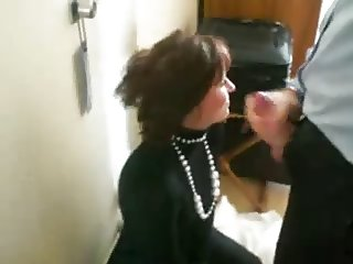 Blowjob of boss - swallowing sperm