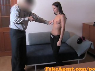 FakeAgent HD Shy student has silk vagina