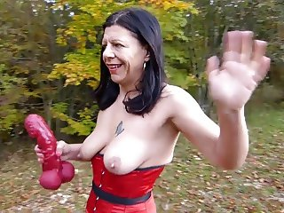 Slut Petra red corset