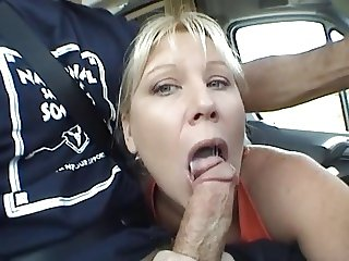 Milf blowjob in the car