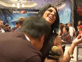 PornhubTV Alexa Aimes Interview at 2014 AVN Awards