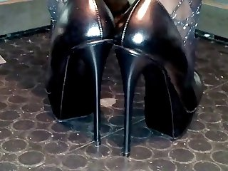 Janine loves heels