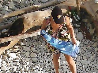 beach voyeur 2-2