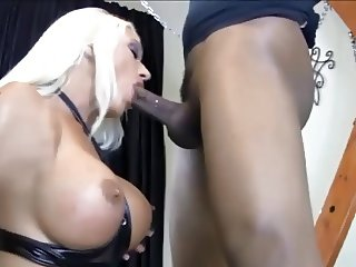 Bust Mature Facefuck