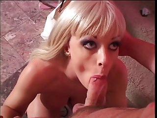 Slut likes a cock up her ass