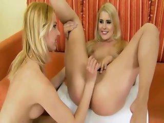 Euro blonde fisting babe fisted by this horny babe