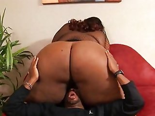 Ebony Facesitting SSBBW Goddess