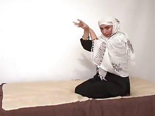 Pakistani Poon Tang 2011