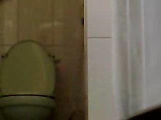 sister toilet