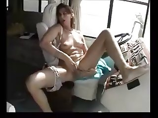 slutwife fingering and blow in the car