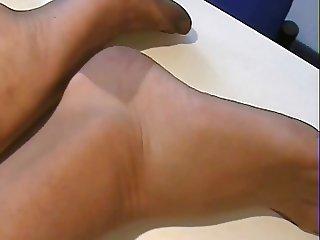 Her devine nylon feet!!!