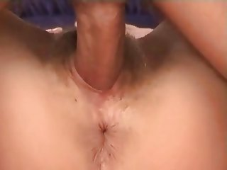 Brunette bimbo getting snatch fucked