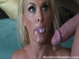 Next Door Mom fucked