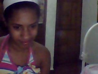 Dominicana en la cam