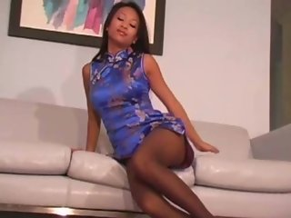 Outstanding wriggling in pantyhose