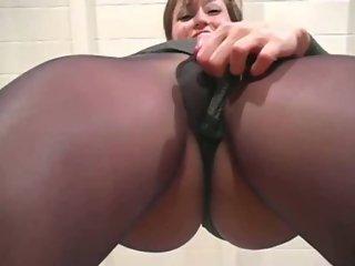 Arousing cameltoe scene