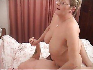 A plump mature Brit