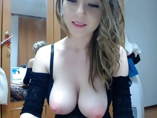 Pretty Model, Topless, Pussy Play