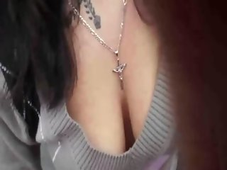 amateur suck and swallow on road