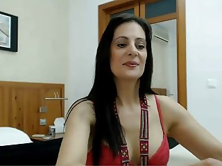 Very hot spanish milf in webcam
