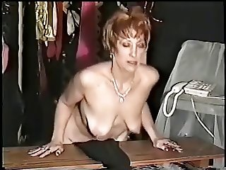 Mature Mary teasing more - negrofloripa