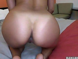 La Colombiana - Isabella Taylor