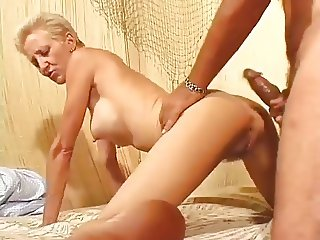 Hot Shorthaired Older Cougar Banging Hard