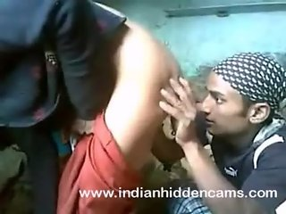 indian couple sex fucking at construction site in mumbai