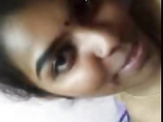 Tamilgirl selfrecord and showing tits