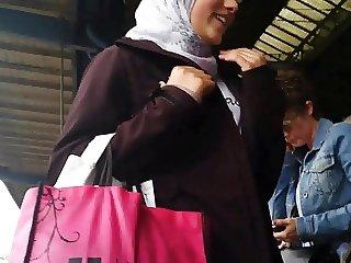Wolter's Hijab Bitch 001