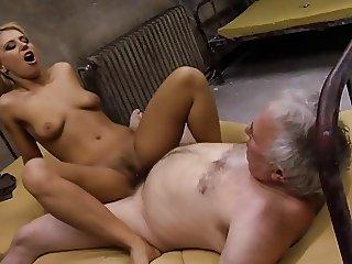 Opa zu geil gebumst
