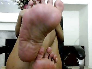 JOI:wrinkled filipina soles