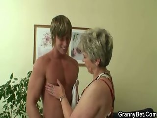 Lucky guy fucks lonely granny