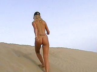 Yvonne naked in Public (Playa de Maspalomas)