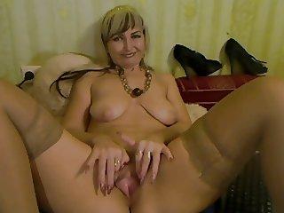 Blond Mature With Big Pussy Lips - negrofloripa