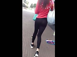 SEE THRU LEGGINGS TEEN ASS (MY FIRST VID)
