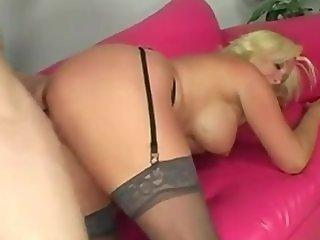 Rimboj en sofa