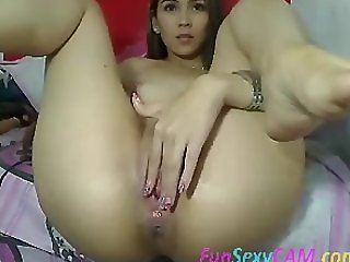 Big Ass Spreading Have Fun Live on FunSexyCam