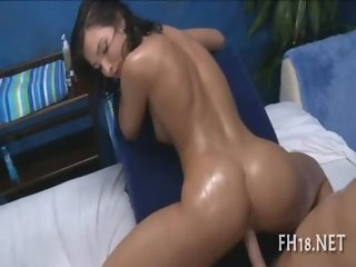 Sexy hot babe bonks and sucks