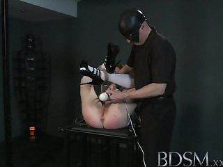 BDSM XXX - Pale skinned sub has mind