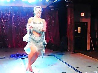 Ophelia Derriere - burlesque butt goddess