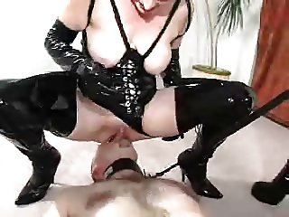 femdom face sitting with slave