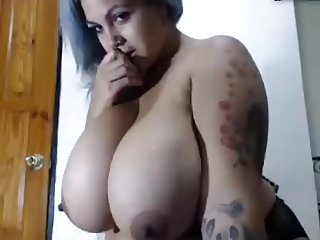Huge hanging breast on BBW