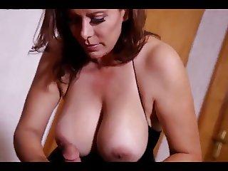 SEXY MEXICAN MILF SEDUCES YOUNG GUY