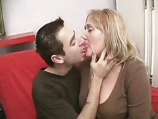 Chubby Mature Fucking Young BVR