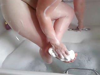 Slut in the bath
