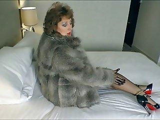 Stockings Babe.Seduction in Fur