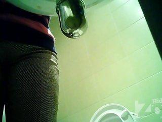 Peeping in the toilet 1587